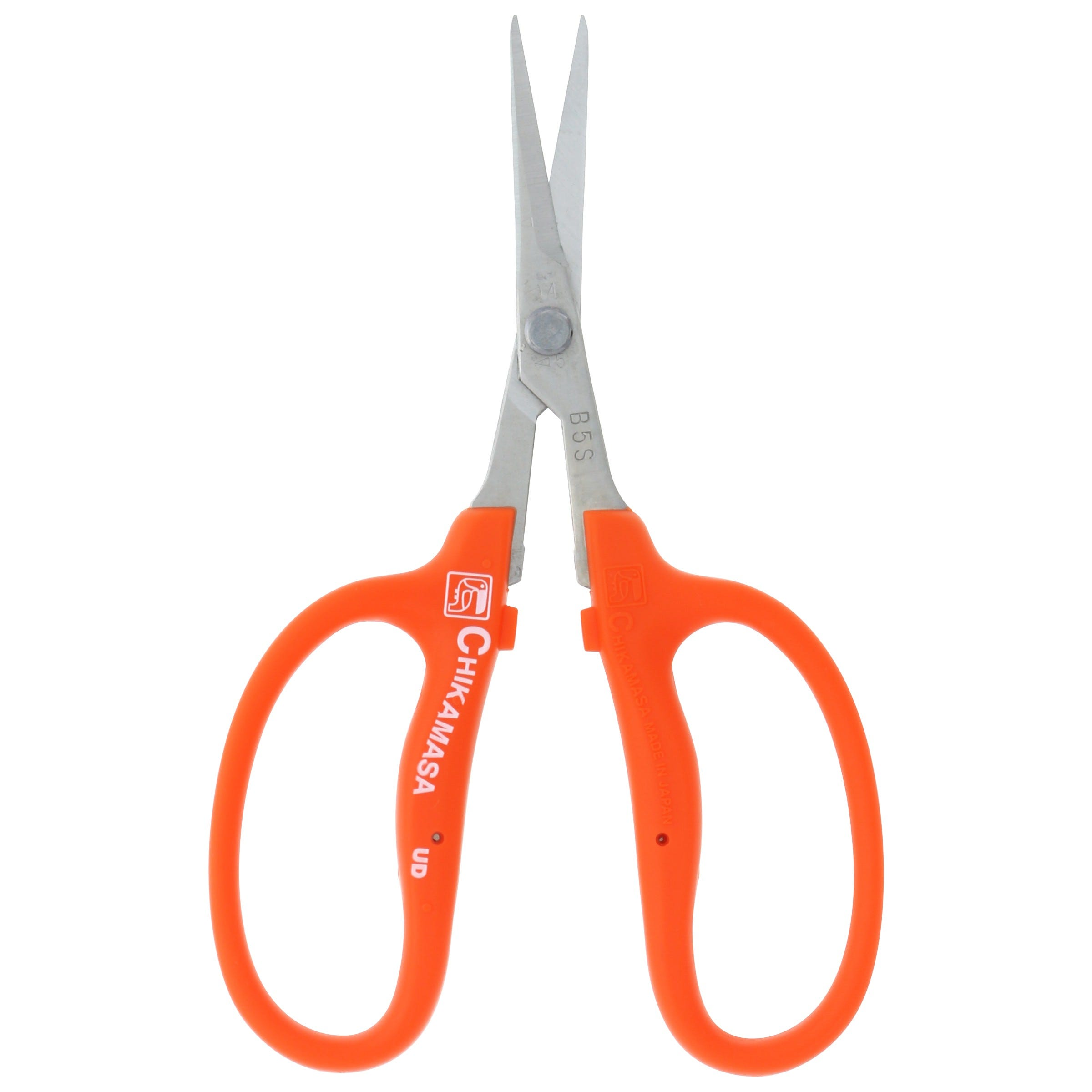 Chikamasa Scissors B-500S The Chikamasa B-500S are straight, stainless steel blades with no coating. These specialized garden scissors are ideal for long hours of cutting and pruning in the field or chair. The outside edges of these Japanese-steel blades are grounded round, a first for Chikamasa. Rounded edges on scissors protect the grain of the flower, grape or other agricultural commodity you're pruning from bruising or other damage as you work. These trimmers are high-quality Japanese artistry at its finest. Plus, since the B-500 series was field-tested on dried flowers and by U.S. federal occupational safety hazard inspectors, you can be sure they were thoughtfully designed with your needs in mind.