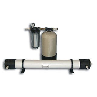 "Producer Reverse Osmosis Filter 1400 Purified water grows healthier, more beautiful and longer-lasting plants than ordinary tap water. Your plants will flourish with our ""better-than-rain"" quality water. SpectraPure manufactures a wide range of the highest quality water purification equipment available.FEATURES: RO at an economical price High efficiency 1-micron sediment filter Durable no rust mounting bracket Garden hose adapter and filter wrench Dimensions 15"" x 7"" x 16""BENEFITS OF REVERSE OSMOSIS WATER: Maximizes nutrient uptake for faster growth and greater yields Eliminates harmful mineral build-up which damages delicate root hairs. Stabilizes pH of re-circulating rockwool, NFT and Ebb & Flow hydroponic systems Ultra-high rejection TFC membrane eliminates up to 99% of harmful minerals, fluorides, chlorides, alkalinity, heavy metals, agricultural and industrial pollutants, chloramine, PCB's, MTBE, and arsenic.filters up to 1400 gallons per day."